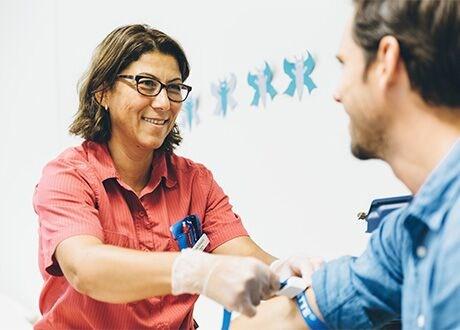 Vaccinera dig mot säsongens influensa hos en vårdcentral