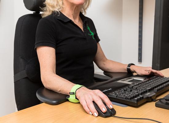 Ta hjälp av ergonomiska hjälpmedel